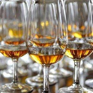 Slijterij/Wijnhandel de Dijk image 2
