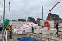 Lelystad doet minister woningbouwaanbod van 10.000 woningen