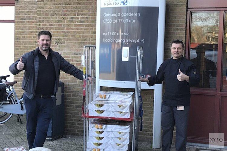 Délifrance Lelystad trakteert personeel St Jansdal Ziekenhuis Harderwijk op broodjes