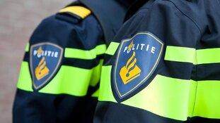 Politie onderzoekt dodelijke frontale botsing op Markerwaarddijk